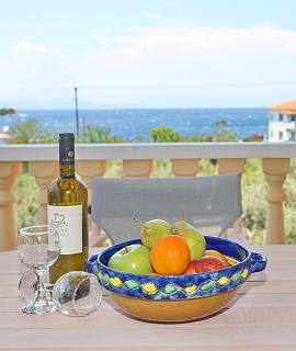 Niki Studios Apartments in Panormos
